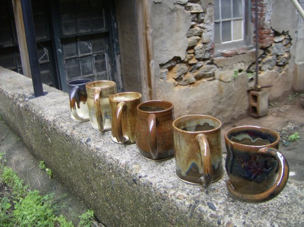 line of pottery